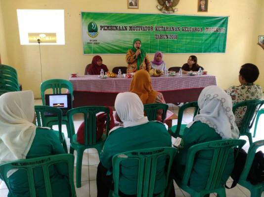 Pembinaan Kader Motekar Oleh Tim Fasilitator DP3AKB Provinsi Jawa Barat