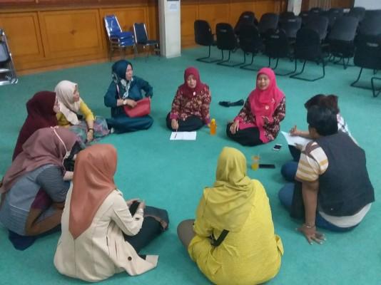 Rapat Peserta Gelar Dagang Perempuan