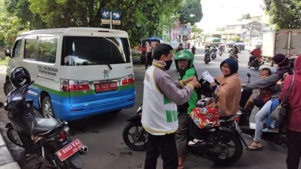 Sosialisasi Penggunaan Masker Di Wilayah Kec. Mustikasari